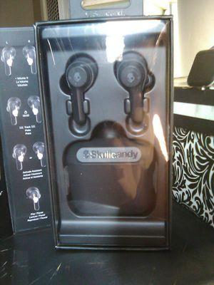 Skullcandy wireless ear buds for Sale in Bakersfield, CA