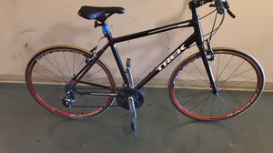 Trek FX1 like brand new excellent condition very fast large frame what expensive racing tires in rims for Sale in Los Angeles, CA