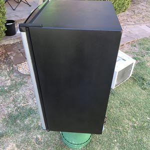 Sanyo mini fridge for Sale in San Angelo, TX