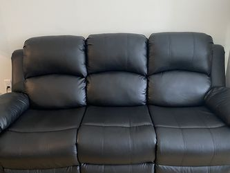 Black Leather Couches for Sale in Annapolis Junction,  MD