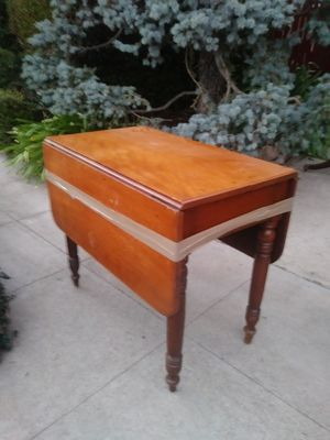 Antique dropleaf table for Sale in Los Angeles, CA