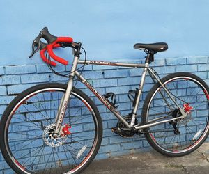 NEW! 21 Speed Gravel/Road Bike For Fitness And Long Distances. Heights: 5'3 - 6'2. PRICE IS FIRM! for Sale in Hialeah,  FL