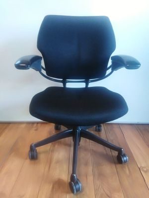 Human scale freedom BLACK ergonomic office chair, executive chair, task chair, desk chair for Sale in San Diego, CA