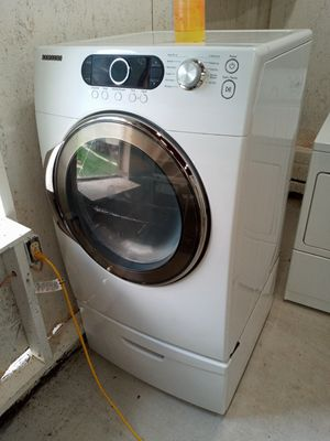 An electric dryer (steam) for Sale in Austell, GA