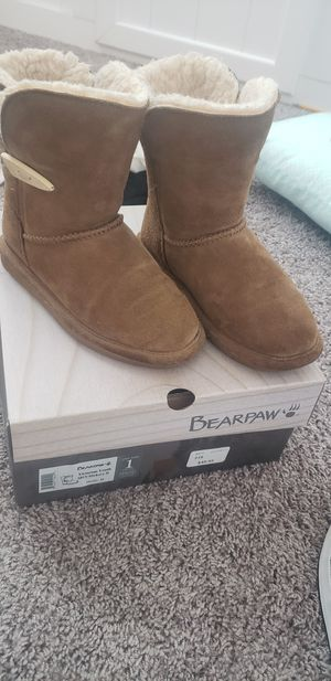 Girls bearpaw boots for Sale in Jurupa Valley, CA