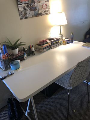 IKEA TABLE for Sale in Baltimore, MD