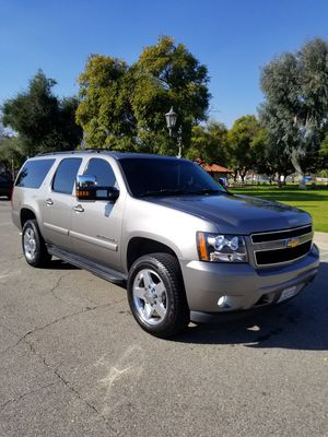 2007 Chevy Suburban 2500 4x4 for Sale in City of Industry, CA