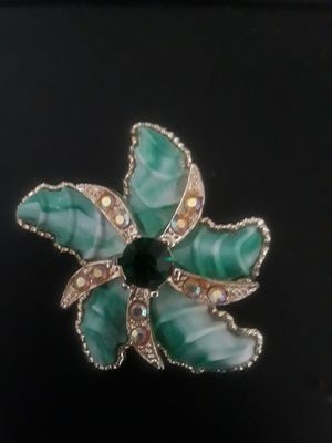 Beautiful vintage brooch for Sale in Abilene, TX