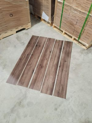 Luxury vinyl flooring!!! Only .67 cents a sq ft!! Liquidation close out! R8V for Sale in DeSoto, TX