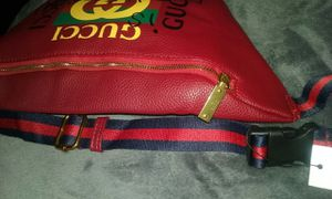 Red Fanny Pack for Sale in Lake Worth, FL