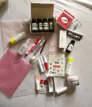 Aesop and Glossier Skincare Makeup Bundle for Sale in Brooklyn, NY