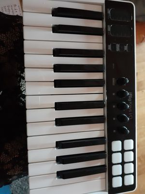 Brand new never used midi keyboard for Sale in Butte, MT