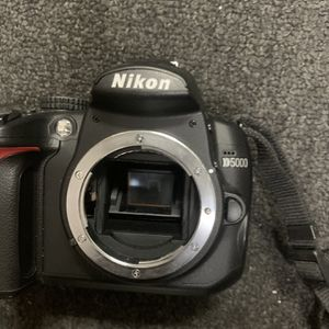 Nikon Camera D5000 Won't Turn On As Is. for Sale in District Heights, MD