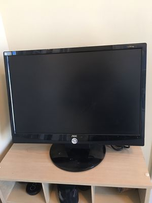 "21"" Computer Monitor for Sale in Columbus, OH"
