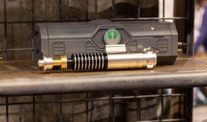 Disney Galaxy Edge Dok-Ondor Den Of Antiquities Legacy Lightsaber-Luke Skywalker for Sale in Pomona, CA