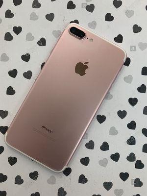 iPhone 7 Plus (32 GB) Desbloqueado con garantià for Sale in Somerville, MA