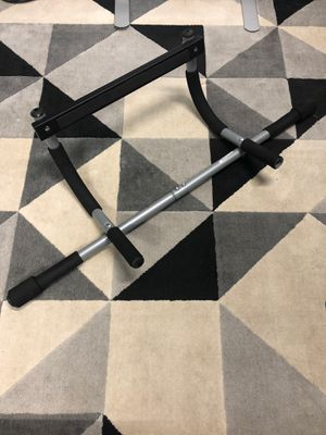 Pull up bar for doorway for Sale in San Diego, CA