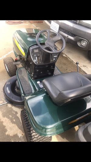 Tractor for cutting grass for Sale in La Puente, CA