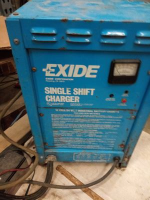 24 volt forklift charger for Sale in Flossmoor, IL