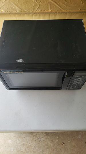 Sharp Carousel Microwave for Sale in Wichita, KS