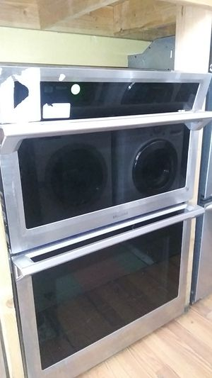 Samsung Stainless Microwave and Oven Stainless for Sale in Corona, CA