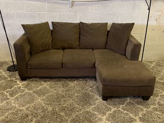 Brown Family Sectional With Chaise + Free Delivery for Sale in Scottsdale,  AZ