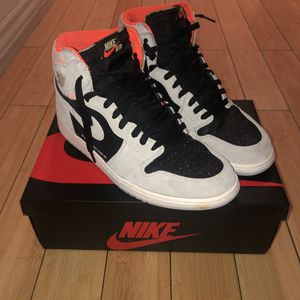 Jordan 1 Hyper Crimson USED SIZE 12 for Sale in Palmdale, CA