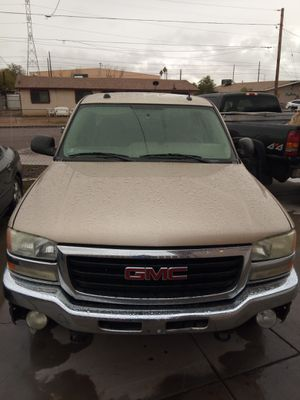 2004 GMC SIERRA SLE 4X4 for Sale in Phoenix, AZ