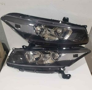 Honda Accord 2008-2012 Headlights for Sale in Phillips Ranch, CA