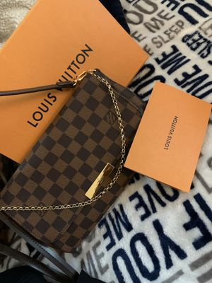 "Louis Vuitton ""favorite"" bag for Sale in Oakland, CA"