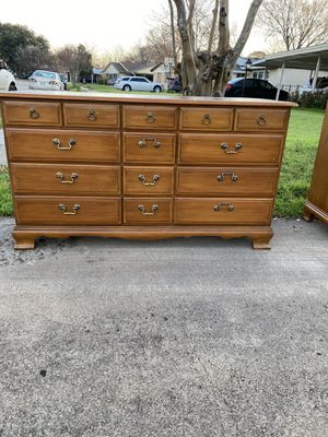 Dresser antique for Sale in Irving, TX