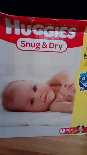 Baby diapers huggies size 1 for Sale in Staten Island, NY