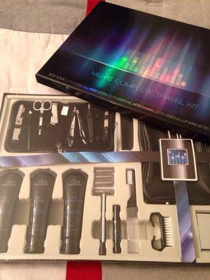 Men's Travel Kit Gift Set for Sale in Harrisonburg, VA