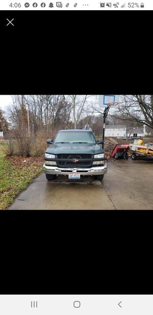 2003 Chevy Silverado 2wd for Sale in Uniontown, OH