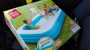 FAMILY 10 FOOT POOL for Sale in Quincy, MA