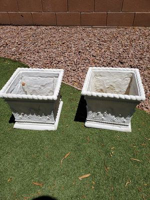 Beautiful Resin planter boxes flower pots for Sale in North Las Vegas, NV