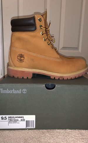 Timberland 6inch Buttahs - Size 9.5 for Sale in Severn, MD