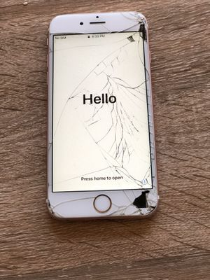 iPhone 6s rose gold 32gb cracked screen works fine for Sale in Phoenix, AZ