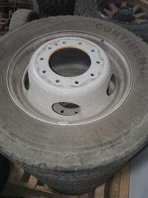 dually ford f450 10 lug wheels/tires, 19.5 for Sale in San Diego, CA