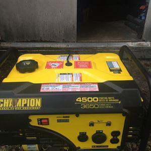 Champion Generador 4500 Watts Like New for Sale in Gibsonton, FL