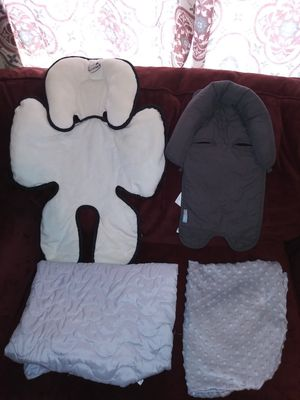 Head support & changing table cover for Sale in Houston, TX