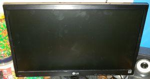 LG Computer Monitor Bundle for Sale in O'Fallon, MO