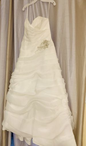 Wedding Dress Galina Signature Size 14 Brand new with Tags! for Sale in HALNDLE BCH, FL