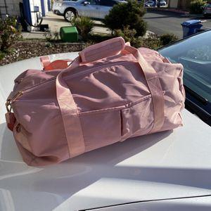 Pink Gym Duffle Bag Shoulder Strap Wet Pocket for Sale in Fremont, CA