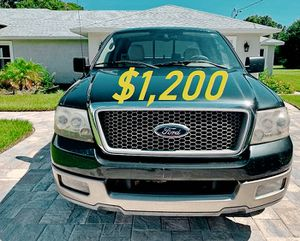🎁$1,2OO URGENT i selling 2004 Ford F-150 Lariat 4dr truck Runs and drives great beautiful🎁 for Sale in Billings, MT