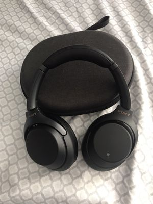 Sony wh1000xm3 for Sale in Garden Grove, CA