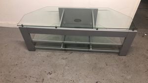 "58""wx20""hx20""d tv stand good condition very strong for Sale in Allentown, PA"