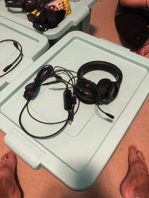 Monoprice Gaming Headphones XBOX 360/One for Sale in O'Fallon, MO
