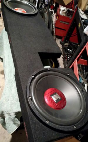 Speakers & Sub Box ( FORD 2003) for Sale in Las Vegas, NV