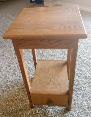 Solid Wood Small End Table or Night Stand for Sale in Stevenson Ranch, CA